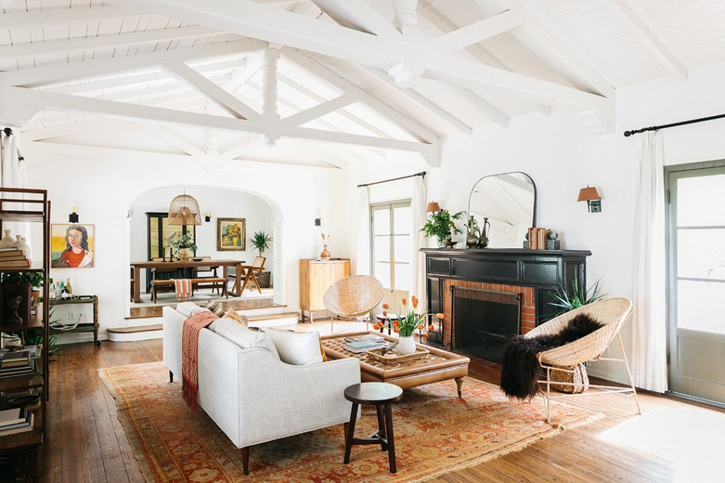 Home Once Owned By Both Zooey Deschanel And Mark Ruffalo Lists In Style Living Room B