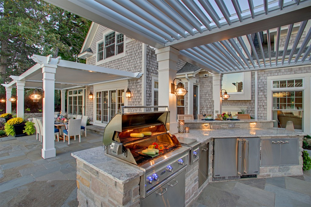 Struxure Pergola System Outdoor Dining Area
