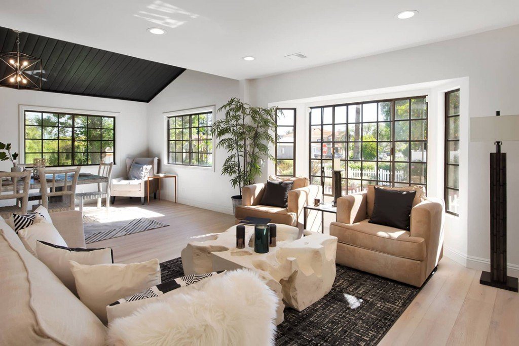 Jennifer Lopez Picks Up An Eco Friendly Encino Abode For 1 4m Living Room