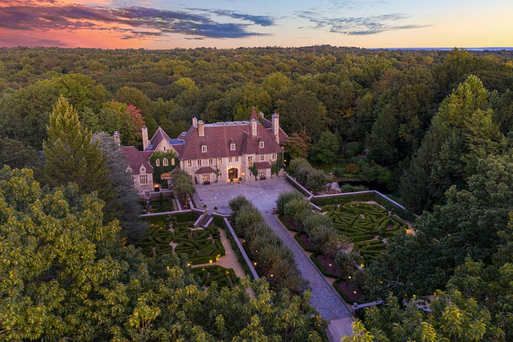 Late Fashion Designer Vince Camutos 1927 Built Greenwich Chateau Is Going To Auction Aerial