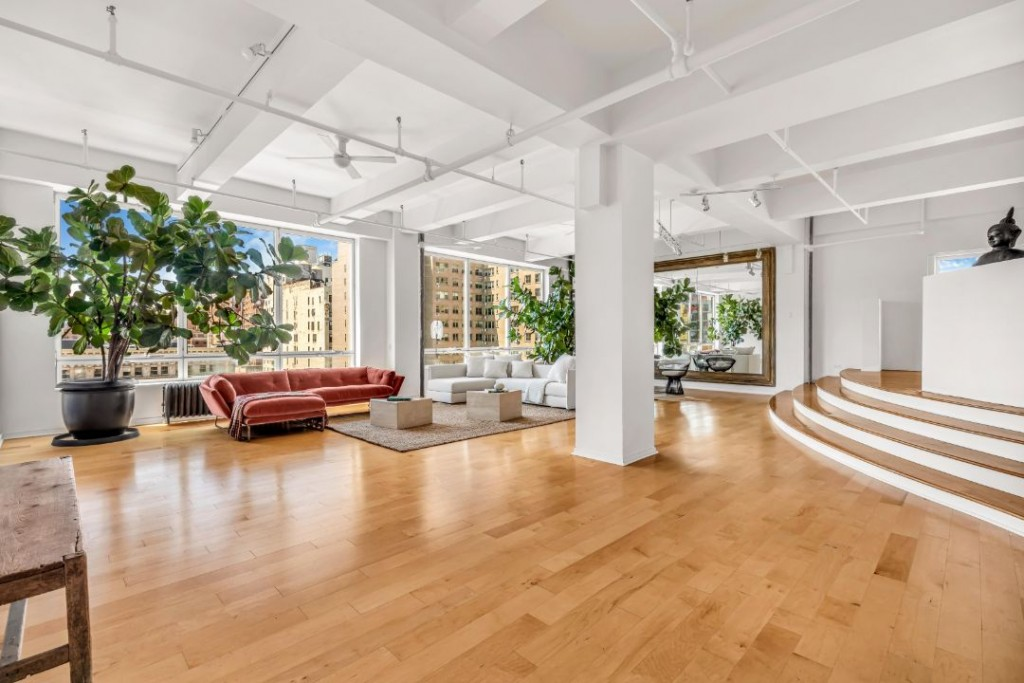 Susan Sarandon Chelsea Duplex Open Floor