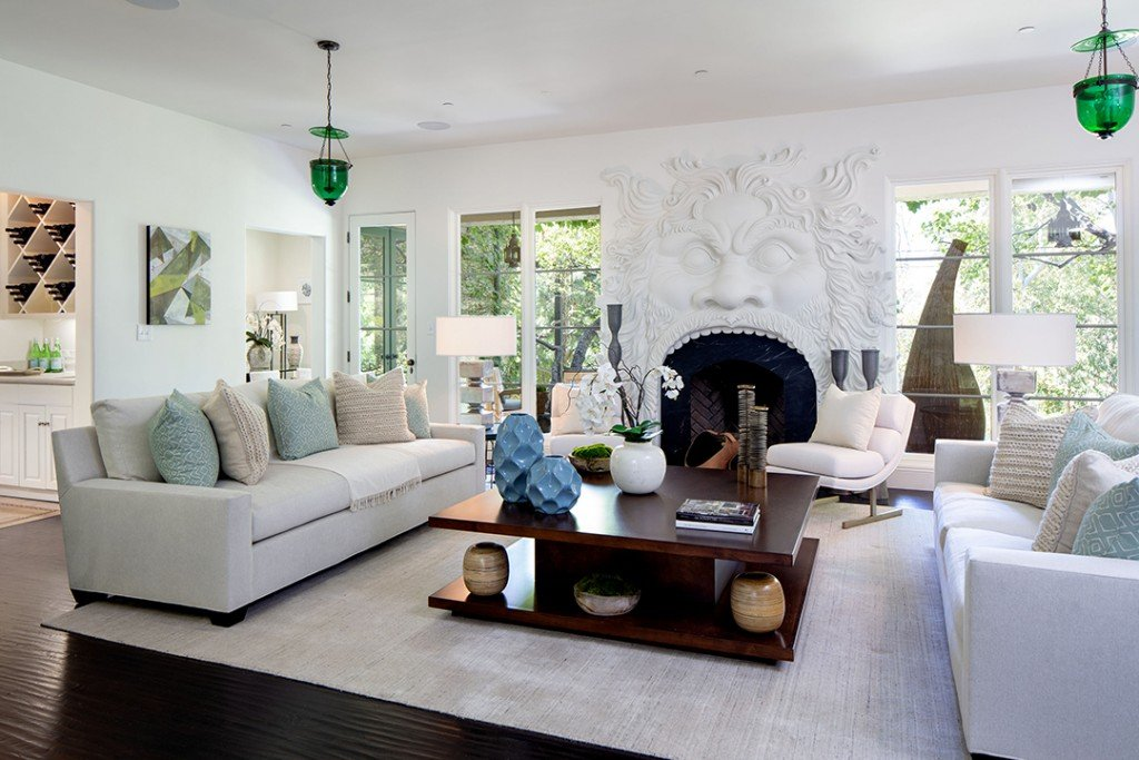 Geena Davis Enchanting 6m Pacific Palisades Home Is In A League Of Its Own Living Room