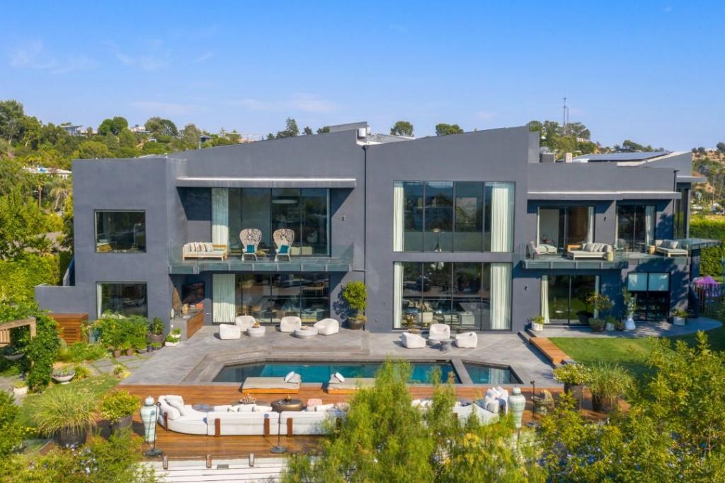 John Legend Chrissy Teigen Beverly Hills Home Rear Exterior II