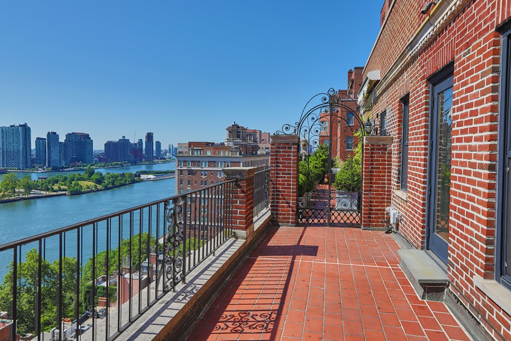 Late Fashion Icon Dawn Mellos Sutton Place Penthouse Lists For 2 8m Terrace B