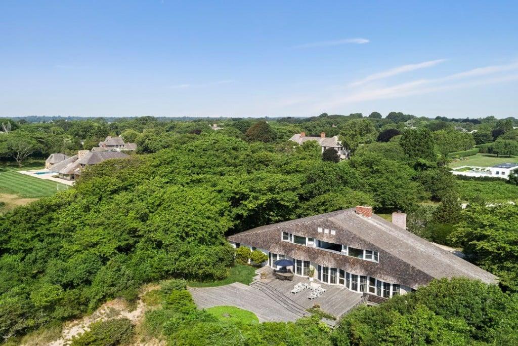 Life Savers Heiress East Hampton Oceanfront Estate Exterior
