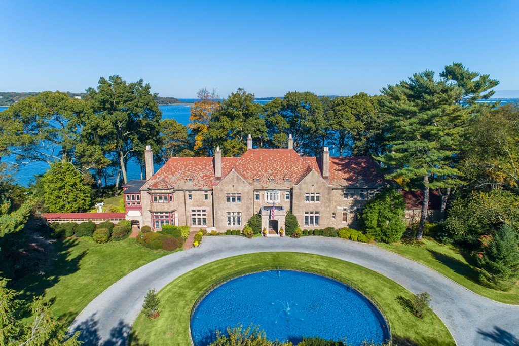 Old World Waterfront Manor On Long Islands Gold Coast Wants 8 9m Exterior B