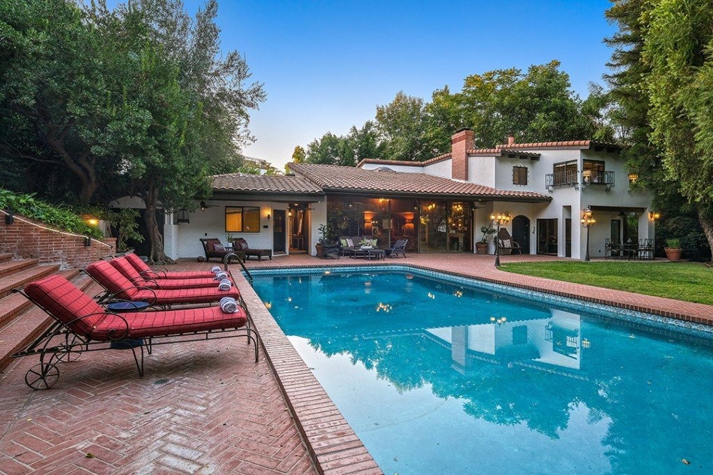 Storied La Home Where A Big Bash For Marilyn Monroe Was Held Lists For 4 5m Pool B