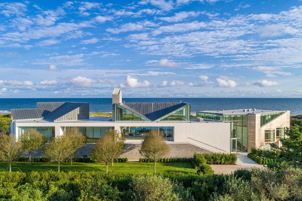 Wainscott Hamptons Oceanfront Mansion Exterior