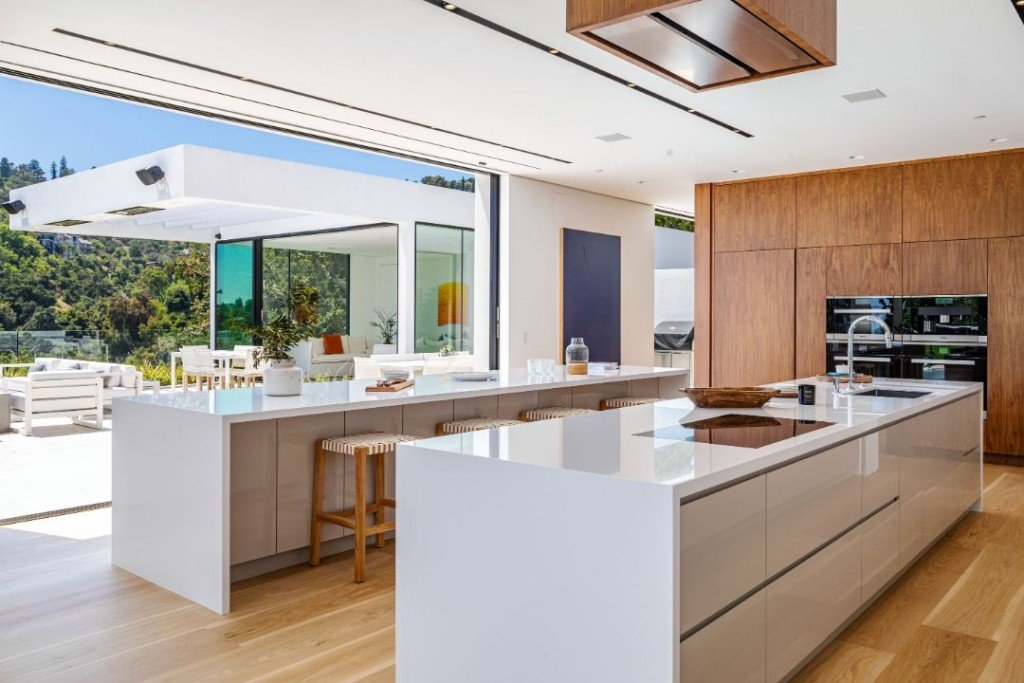Chrissy Tiegen John Legend Beverly Hills New House Kitchen