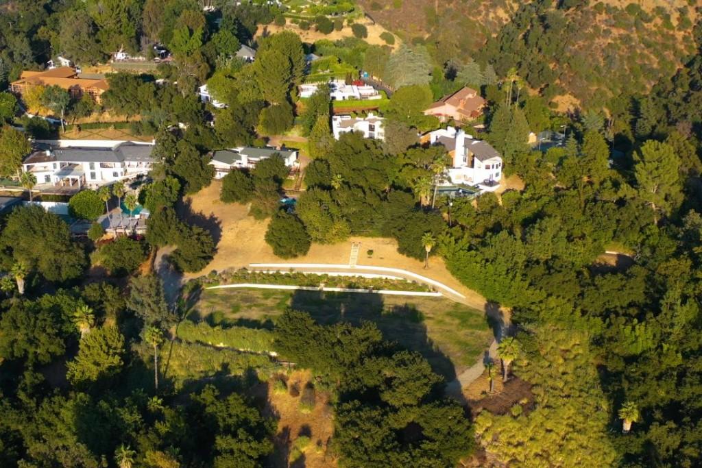 Jon Voight Beverly Hills Aerial II