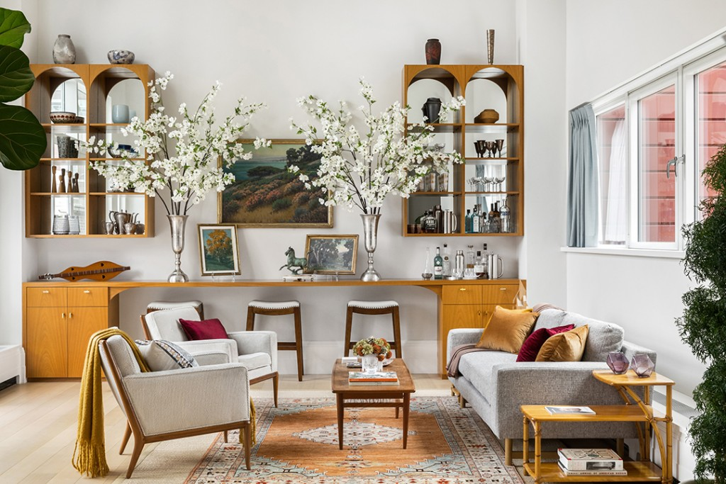 Top Gun Star Lists Top Notch Manhattan Penthouse With Interiors By Victoria Hagan Living Room