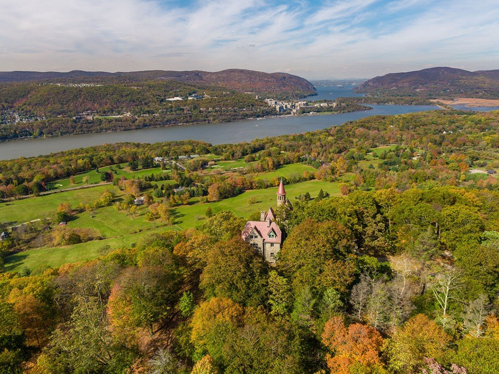 Hauntingly Beautiful Hudson Valley Castle With Halloween Vibes Asks 3 5m Aerial