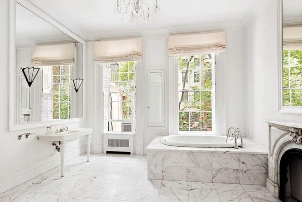Kate Winslet Chelsea Rental Bath 1