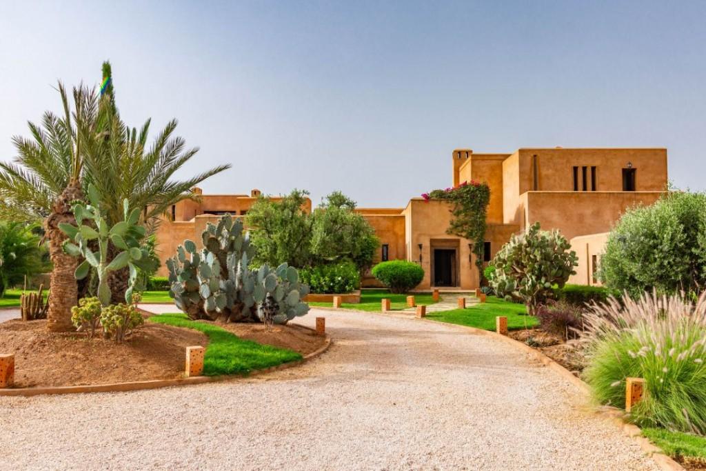 Marrakech Morocco Luxury Villa Driveway