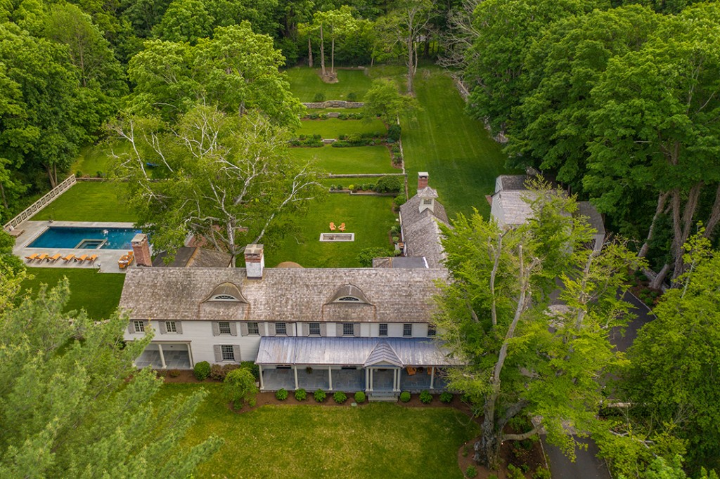This Circa 1916 Home Asking 3 6m Might Be The Best House In Wilton Aerial
