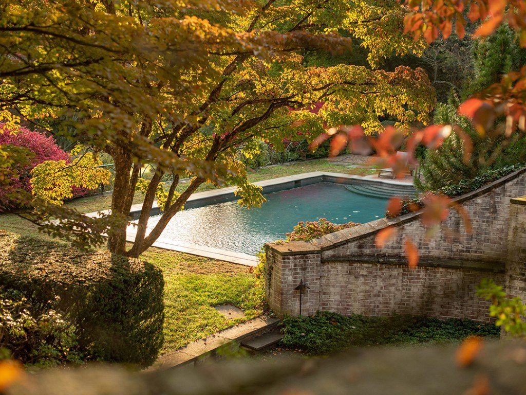 Paul Simons Secluded Haven In New Canaan Lists With A Fresh Price Pool