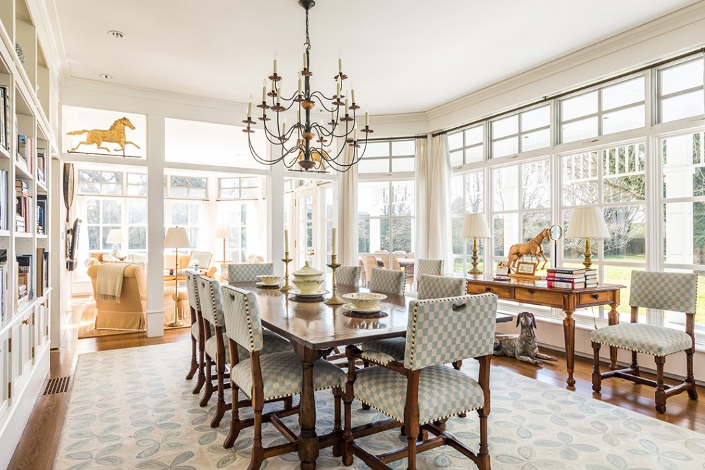 Actress Candice Bergens East Hampton Home Lists For The First Time 72 Lily Pond Lane Dining