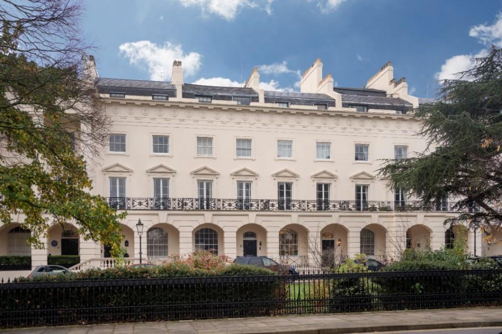 Hg Wells Regents Park London Exterior