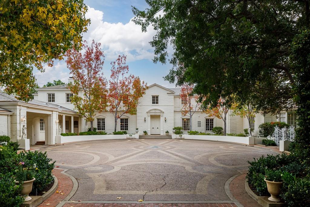 Prestigious Hilton Family Estate Designed By Paul R Williams Lists For 75m Facade