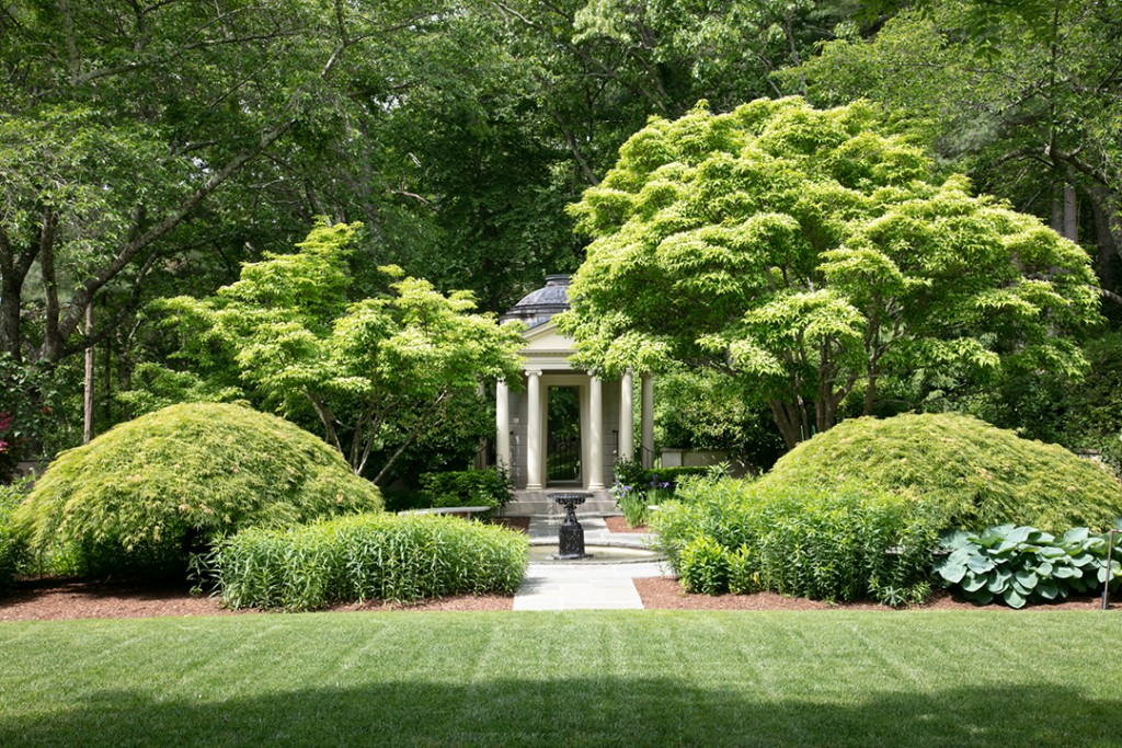 Gracious 11 Acre Estate In Lyme Ct Seeks 3 75m Gardens