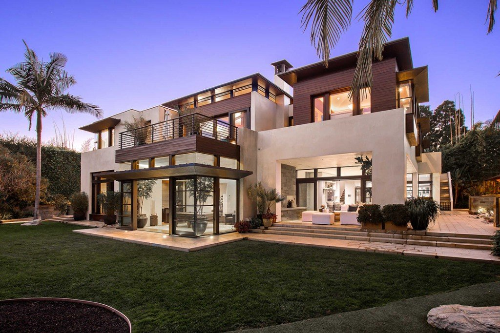 Matt Damons Contemporary Pacific Palisades Mansion Lists For 21m Exterior B