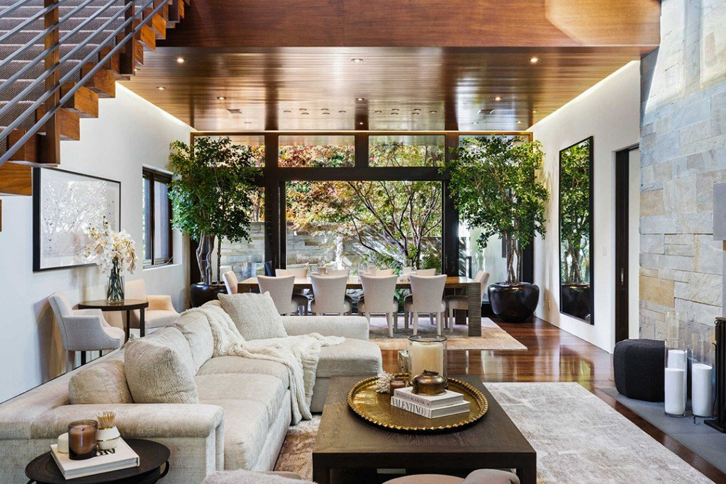 Matt Damons Contemporary Pacific Palisades Mansion Lists For 21m Living Room