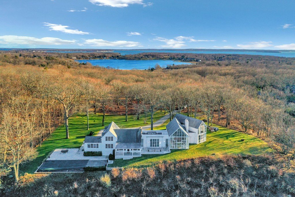 Ceo Of Knoll Lists Waterfront Architectural Stunner On Shelter Island Aerial