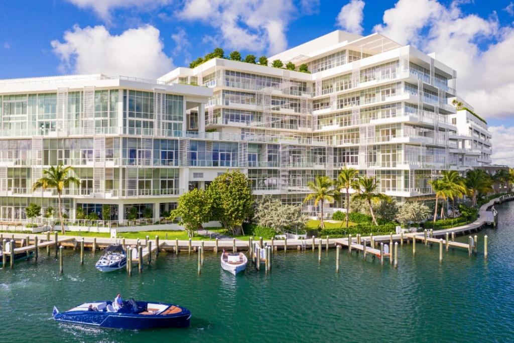 Cindy Crawford Ritz Carlton Residences Miami Beach Exterior