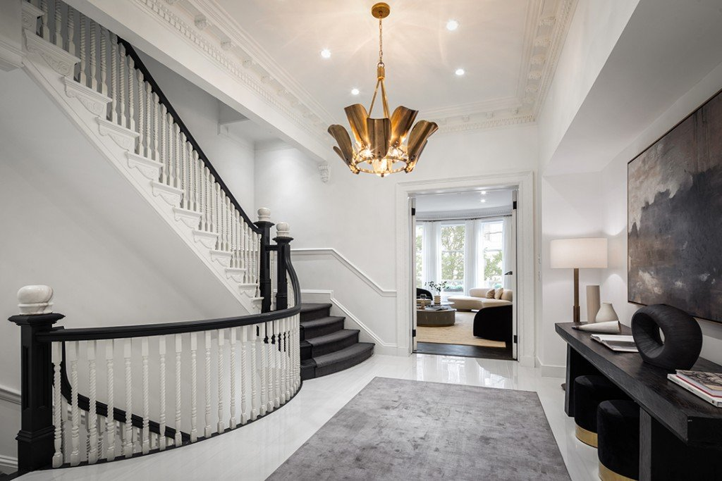 Eleanor Roosevelts Last Residence Lists After A Major Makeover Stairs D