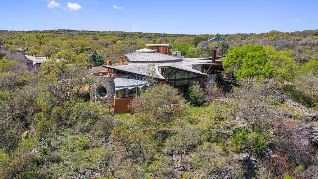 Groovy Architectural Masterpiece With Music Allure Outside Of Austin Lists For 17 5m Exterior C