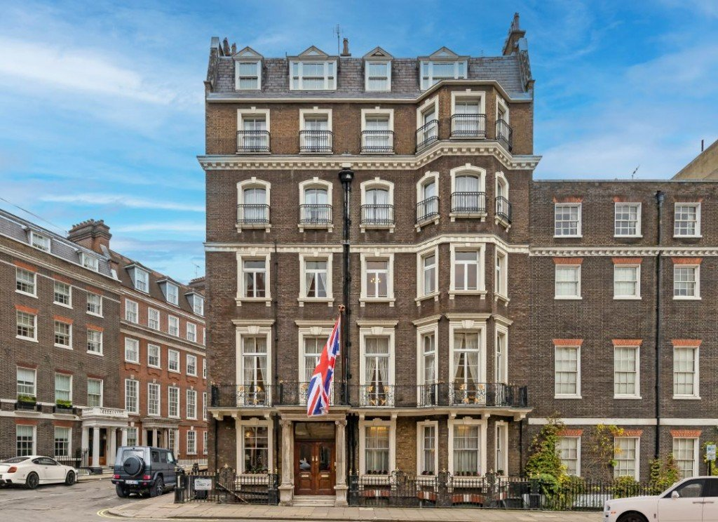 Mayfair Naval Club London Mansion Exterior