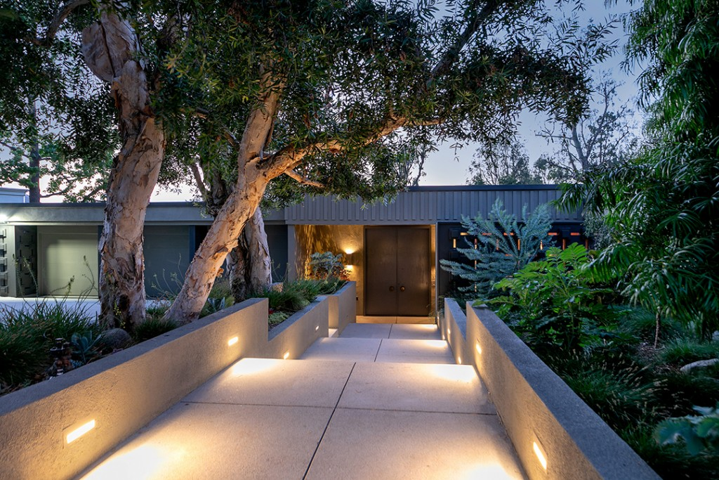 Mid Century Pasadena Home For Sale Path Entrance