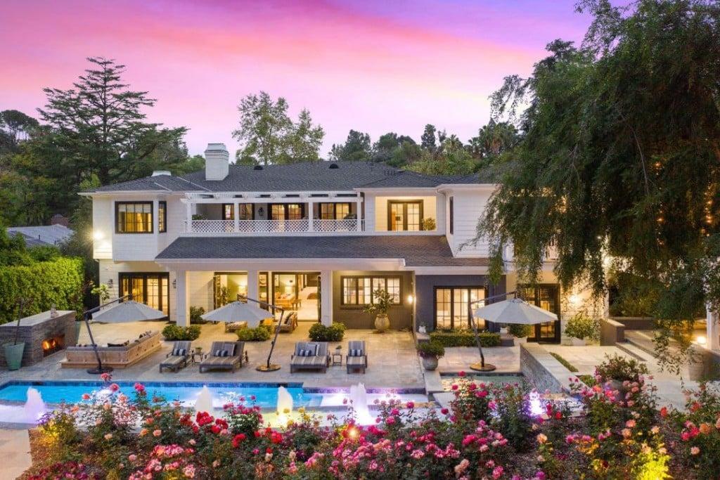 True Religion Cofounder Royal Oaks Encino Traditional Home Backyard