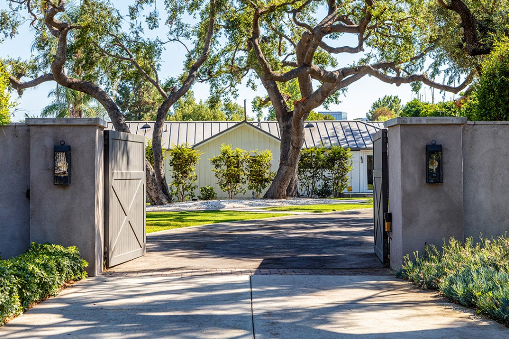 Meghan Trainor Wants 5 6m For Toluca Lake Home Once Owned By Bing Crosby Gates