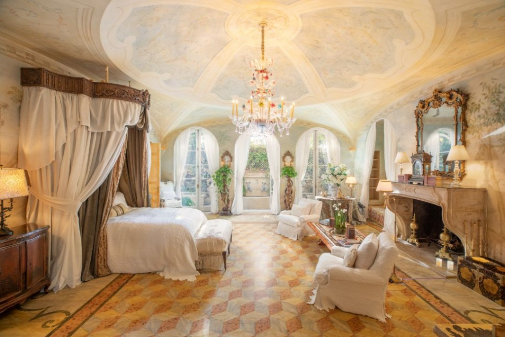 Howard Ruby Yvette Mimieux Bel Air Italian Villa Estate Master Bedroom