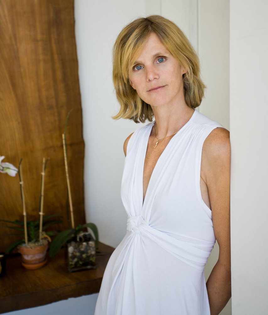 Get To Know Marilyn Clark An East End Native Who Went From Model To Broker Thumb