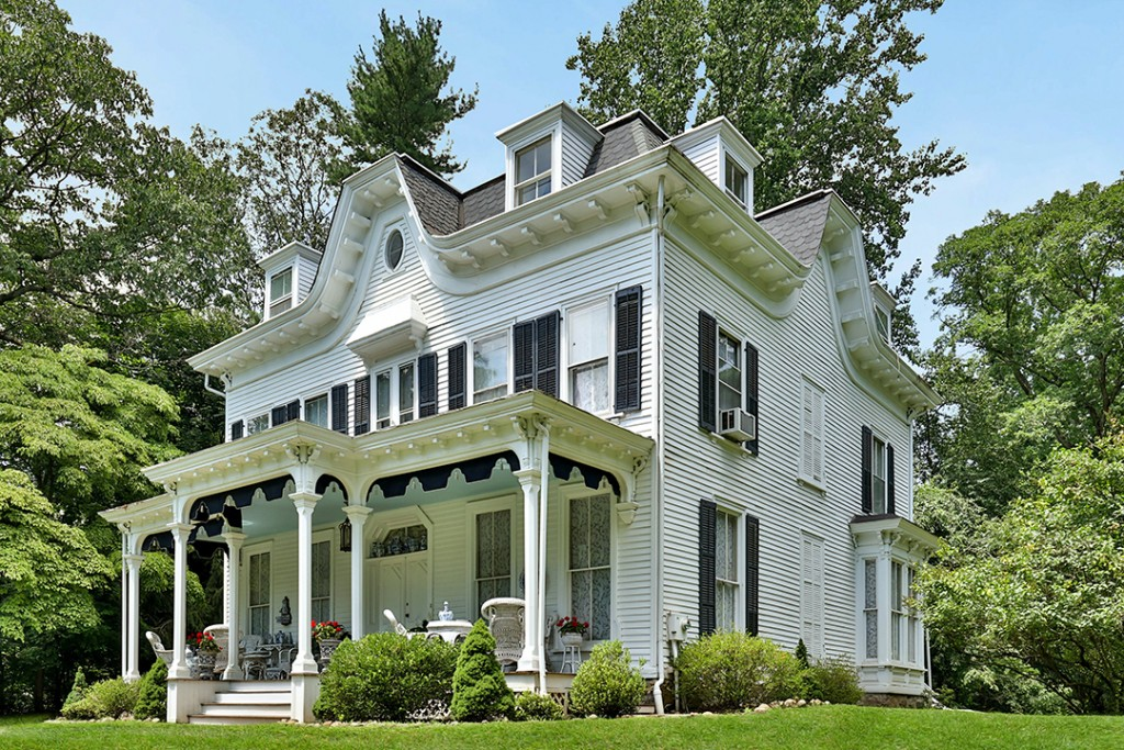 Actress Arlene Dahl And Designer Marc Rosen List Longtime Hudson Valley Weekend Home Side View