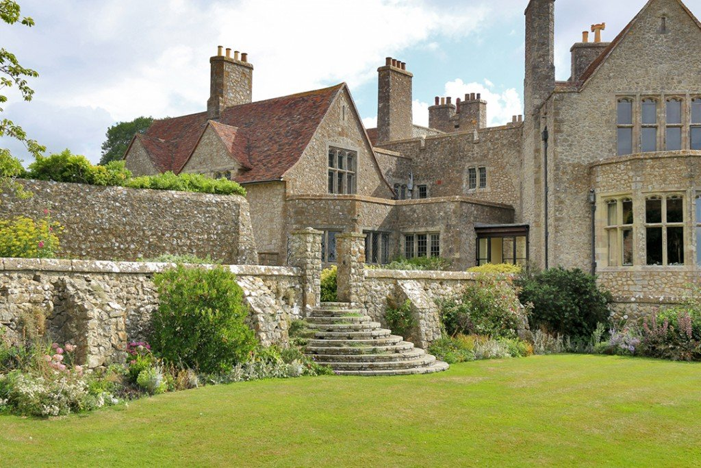 Medieval Kent Castle In England With Views All The Way To France Asks 11m Gardens C