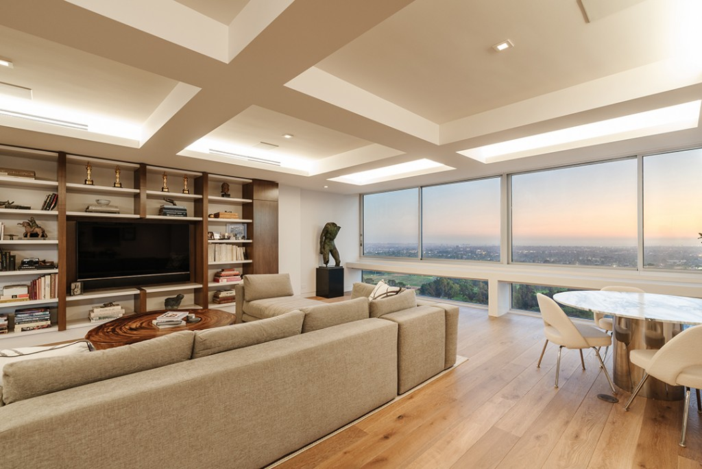 Celebrated Director Robert Wises Former Century Towers Pad Hits The Market Views