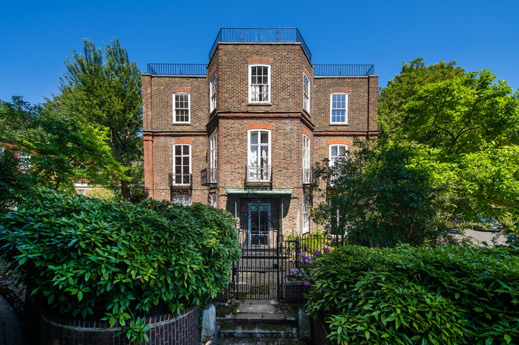 Charles De Gaulles Former London Home Lists For The First Time In 50 Years Frognal House 2