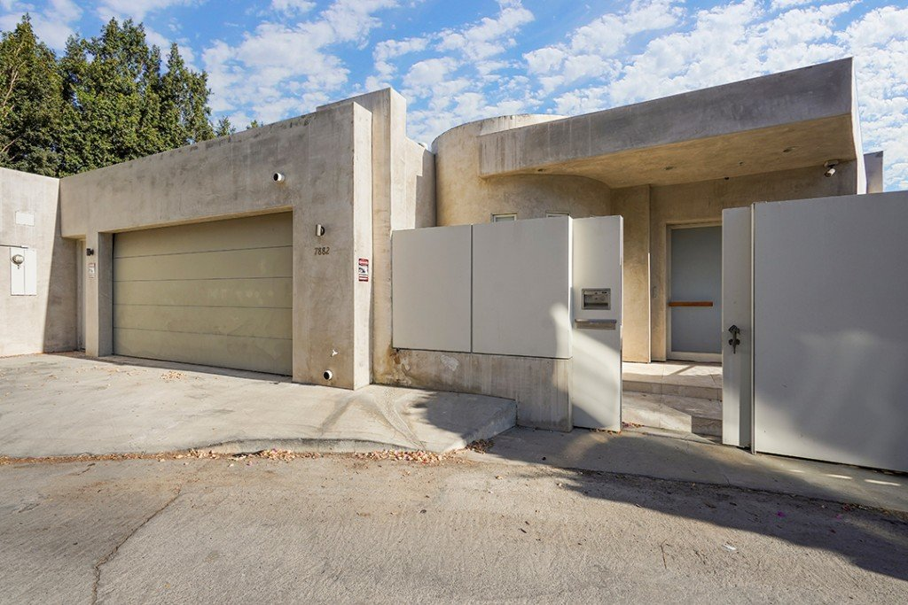 Kanye Wests Former Hollywood Hills Home With Minimalist Vibes Is Up For Sale Front