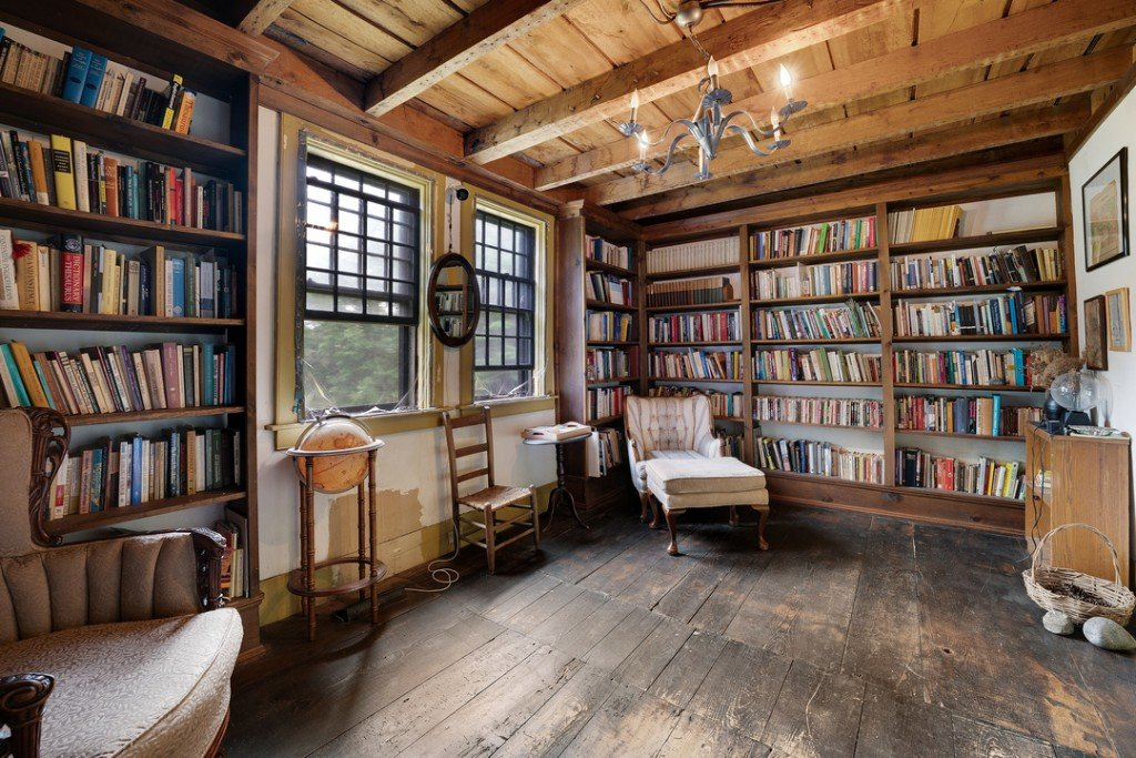 Rhode Island Conjuring Haunted House Library