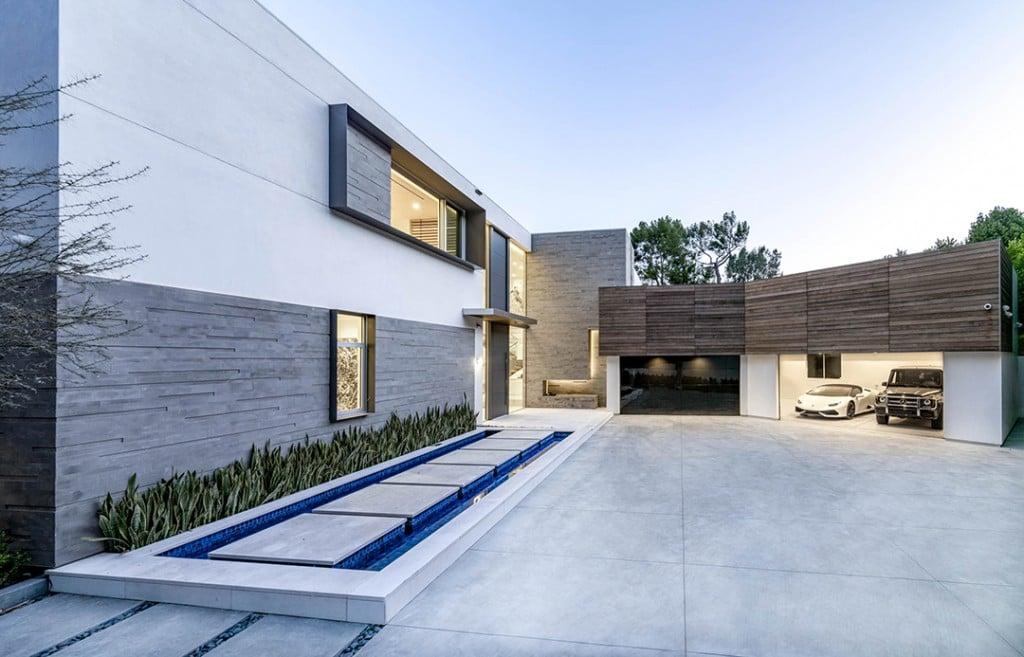 David Spade Drops Almost 13 9m On A Modern La Mansion Modern Exterior