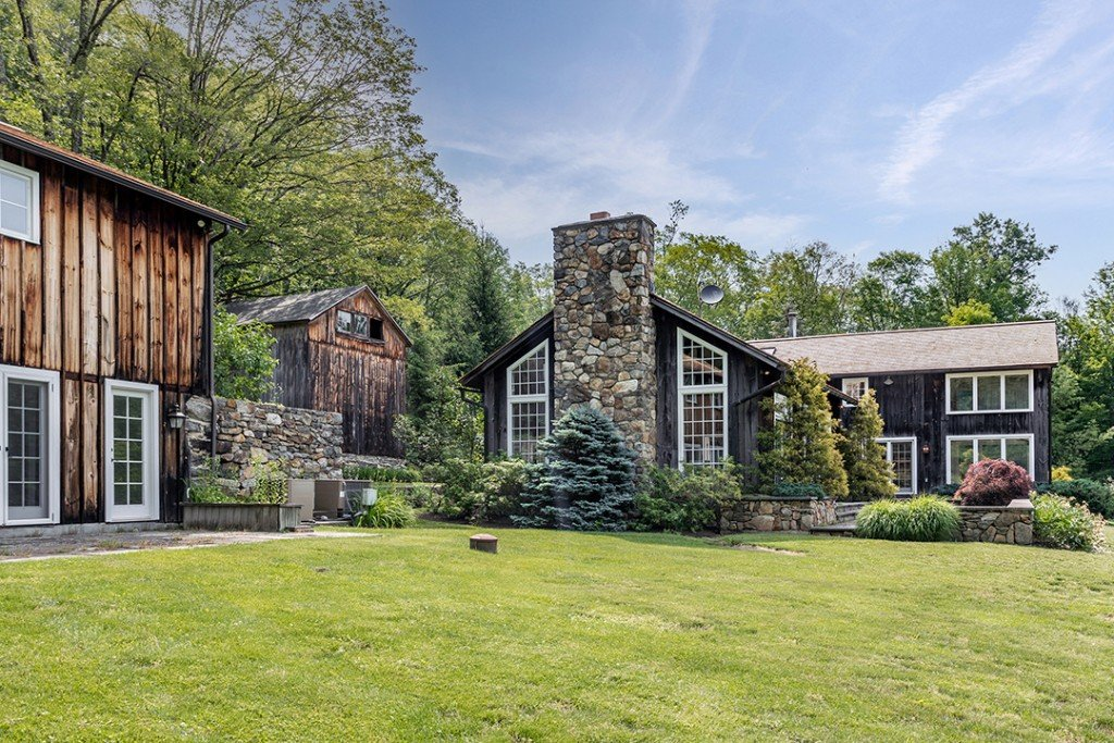 Bright Farmhouse Style Home On 19 Acres In Cornwall Ct Asks 2 2m Exterior B
