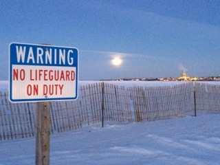JNo Lifeguard? Why Not? Too Cold! - John Barnes