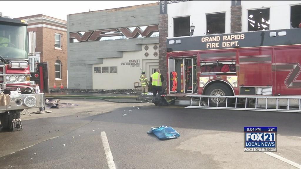 Grand Rapids Fire Destroys Buildings