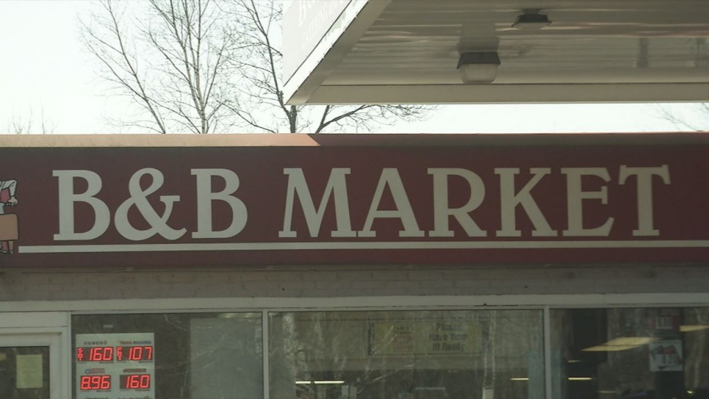 B&B Market photo 2