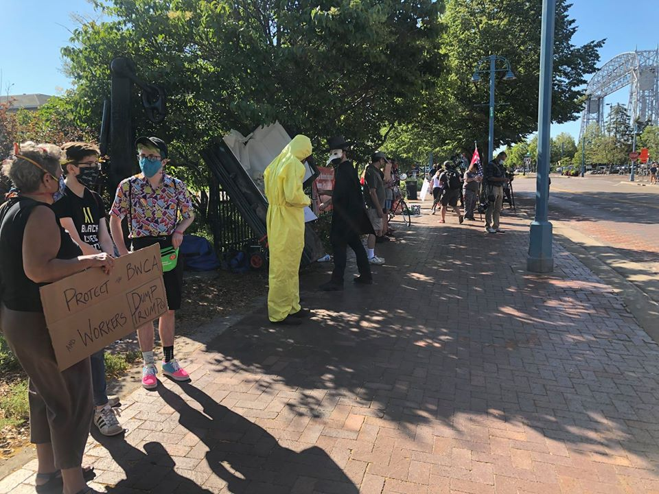 Duluth Pack Protesters