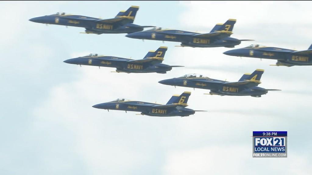 Air Show Wrap