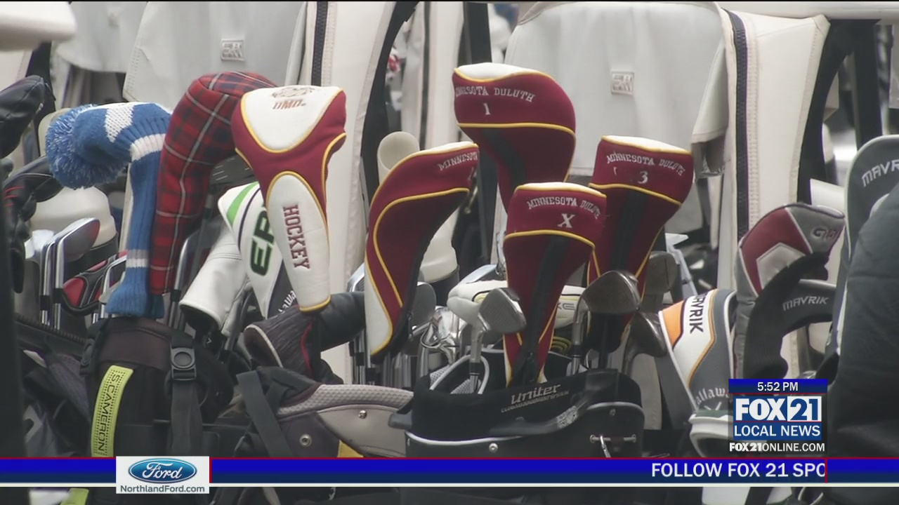 Generations of Bulldogs Males's Hockey Reunite for Golf Event – Fox21Online